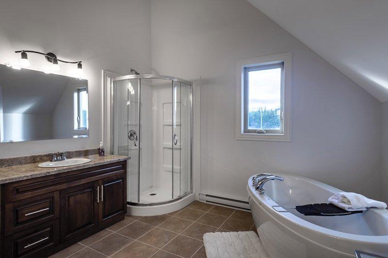 Red Cottage Bathroom